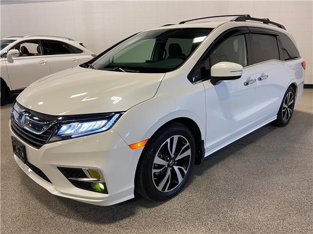 2018 Honda Odyssey Touring (Stk: P12689) in Calgary - Image 1 of 29