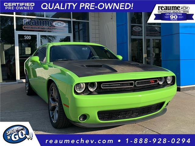 2015 Dodge Challenger SXT Plus or R/T (Stk: P-4665) in LaSalle - Image 1 of 25