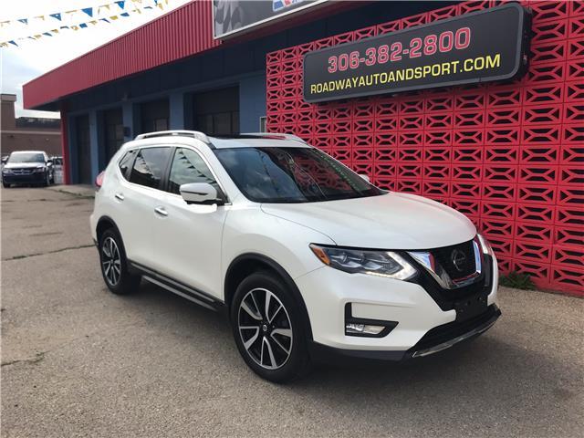 2018 Nissan Rogue SL w/ProPILOT Assist (Stk: 15021) in SASKATOON - Image 1 of 21