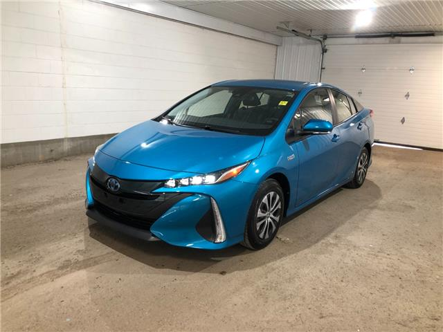 2022 Toyota Prius Prime Base (Stk: 221000) in Regina - Image 1 of 32