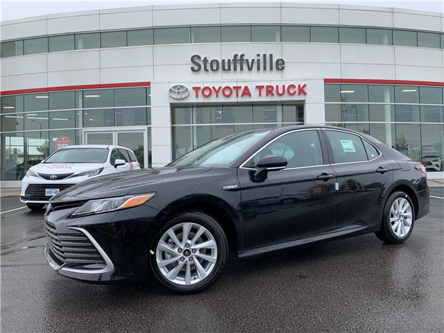 2021 Toyota Camry Hybrid LE (Stk: 210657) in Whitchurch-Stouffville - Image 1 of 21