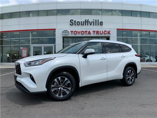 2021 Toyota Highlander XLE (Stk: 210795) in Whitchurch-Stouffville - Image 1 of 27