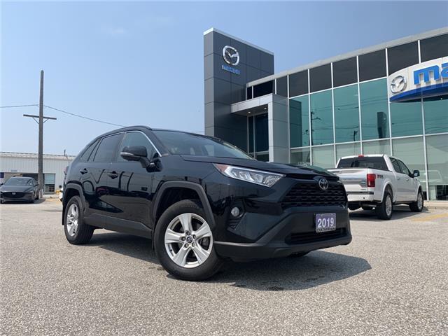 2019 Toyota RAV4  (Stk: UM2661) in Chatham - Image 1 of 22