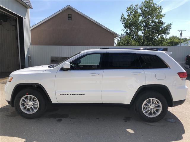 2018 Jeep Grand Cherokee Laredo (Stk: 13319) in Fort Macleod - Image 2 of 18
