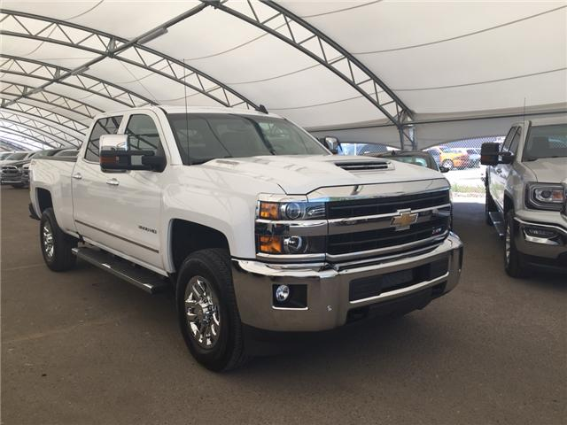 2018 Chevrolet Silverado 3500HD LTZ (Stk: 166495) in AIRDRIE - Image 1 of 24