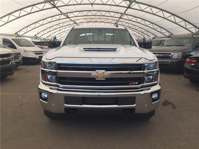 2018 Chevrolet Silverado 3500HD LTZ (Stk: 166495) in AIRDRIE - Image 2 of 24