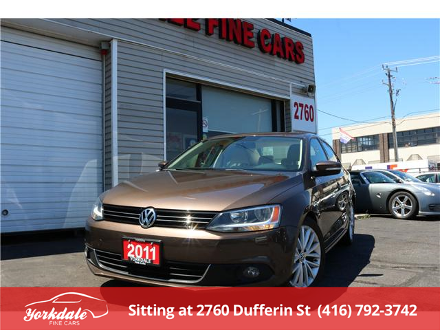 2011 Volkswagen Jetta 2.0 TDI Highline (Stk: SA3298) in North York - Image 1 of 26