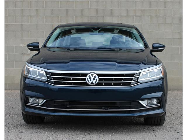2018 Volkswagen Passat 2.0 TSI Highline (Stk: 68374) in Saskatoon - Image 2 of 23