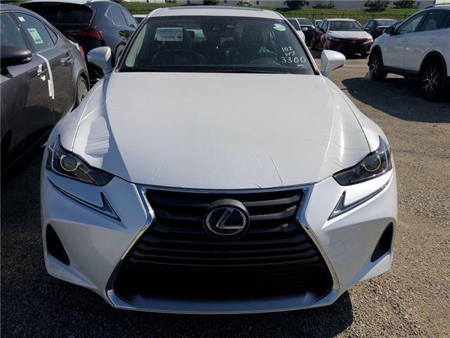 2018 Lexus IS 300 Base (Stk: 30446) in Brampton - Image 2 of 5