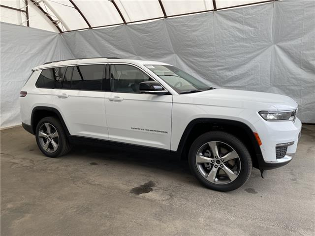 2021 Jeep Grand Cherokee L Limited (Stk: 211507) in Thunder Bay - Image 1 of 25