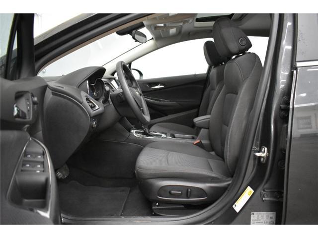 2018 Chevrolet Cruze LT -  SUNROOF * BACKUP CAM (Stk: B2296) in Napanee - Image 2 of 30