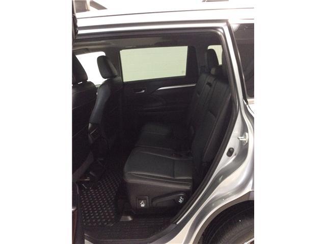 2016 Toyota Highlander XLE (Stk: P4995) in Sault Ste. Marie - Image 7 of 11