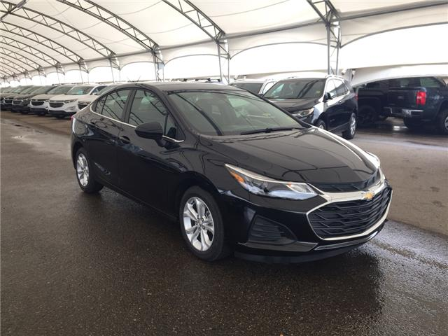 2019 Chevrolet Cruze LT (Stk: 168040) in AIRDRIE - Image 1 of 20