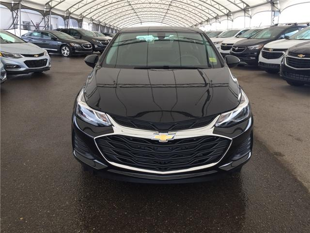 2019 Chevrolet Cruze LT (Stk: 168040) in AIRDRIE - Image 2 of 20