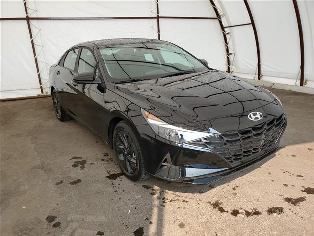 2022 Hyundai Elantra Sedan Preferred IVT (Stk: 17655) in Thunder Bay - Image 1 of 17