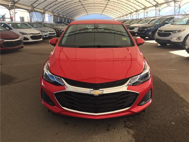 2019 Chevrolet Cruze LT (Stk: 168354) in AIRDRIE - Image 2 of 20
