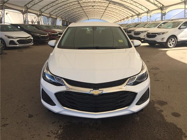 2019 Chevrolet Cruze LT (Stk: 168355) in AIRDRIE - Image 2 of 20