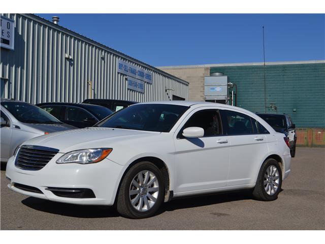 2013 Chrysler 200 LX (Stk: CC2515) in Regina - Image 1 of 17