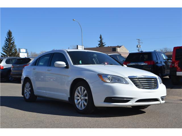 2013 Chrysler 200 LX (Stk: CC2515) in Regina - Image 1 of 13