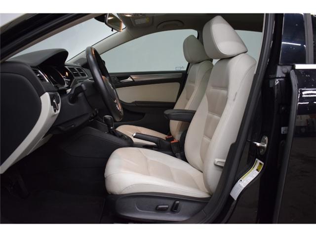 2016 Volkswagen Jetta TSI HIGHLINE- BLUETOOTH * NAV * LEATHER (Stk: B2624) in Napanee - Image 2 of 30