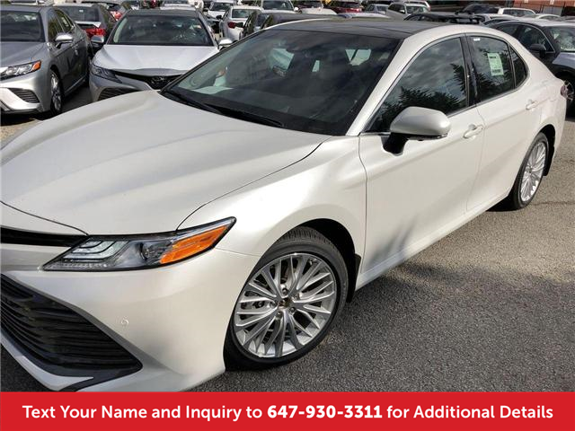 2018 Toyota Camry Xle V6 Two Tone Premium Paint Colour For Sale In