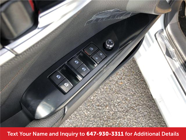 2018 Toyota Camry XLE V6 (Stk: J4401) in Mississauga - Image 11 of 20
