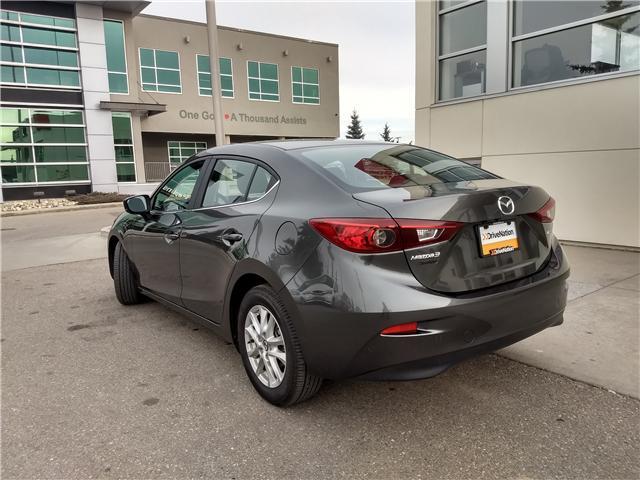2018 Mazda Mazda3 SE (Stk: NE040) in Calgary - Image 6 of 20