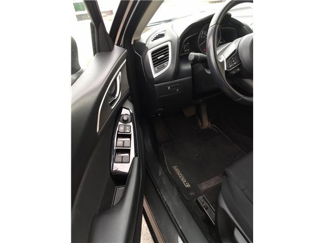 2018 Mazda Mazda3 SE (Stk: NE040) in Calgary - Image 7 of 20
