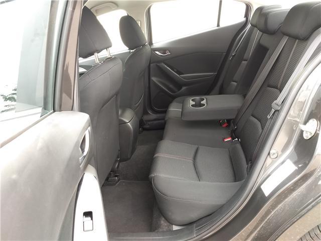 2018 Mazda Mazda3 SE (Stk: NE040) in Calgary - Image 18 of 20