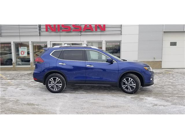 2019 Nissan Rogue SV (Stk: 9R8331) in Whitehorse - Image 2 of 8
