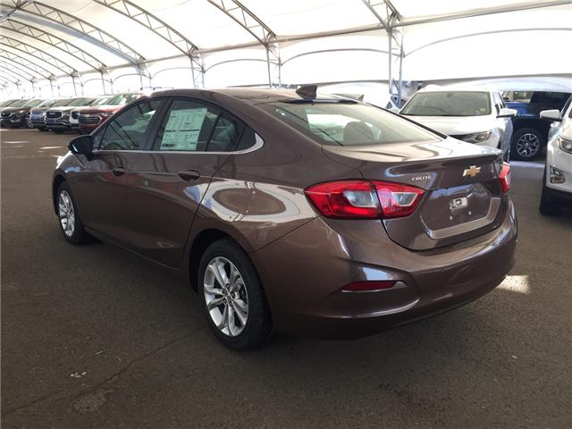2019 Chevrolet Cruze LT (Stk: 169441) in AIRDRIE - Image 4 of 24