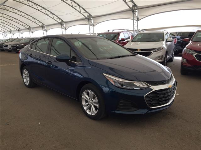 2019 Chevrolet Cruze LT (Stk: 169297) in AIRDRIE - Image 1 of 25