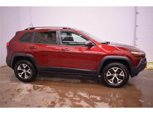 2018 Jeep Cherokee TRAILHAWK 4X4- BACKUP CAM * LEATHER * HEATED SEATS (Stk: B2770) in Napanee - Image 1 of 30