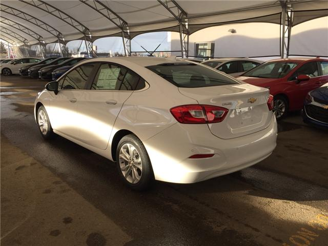 2019 Chevrolet Cruze LT (Stk: 169472) in AIRDRIE - Image 4 of 25