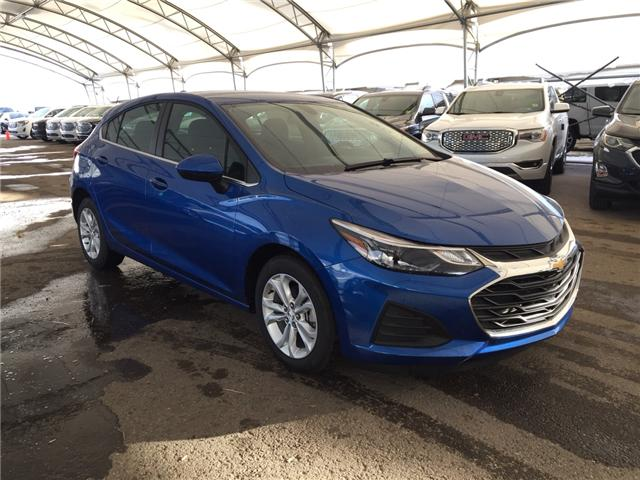 2019 Chevrolet Cruze LT (Stk: 169540) in AIRDRIE - Image 1 of 22