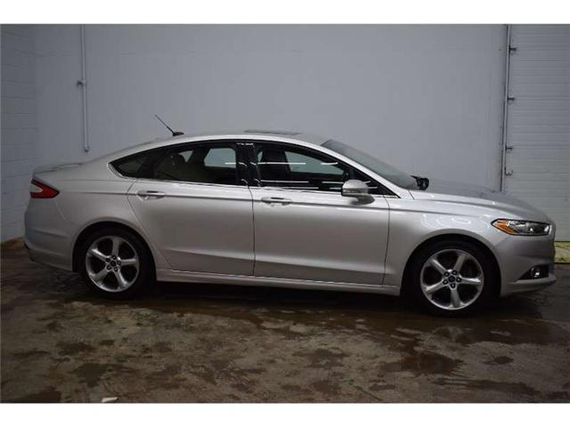 2016 Ford Fusion SE- BACKUP CAM * SUNROOF * POWER SEATS (Stk: B2403A) in Kingston - Image 1 of 30