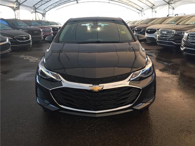 2019 Chevrolet Cruze LT (Stk: 169740) in AIRDRIE - Image 2 of 22