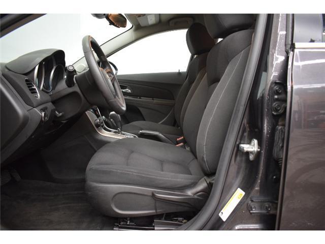 2016 Chevrolet Cruze LT- BACKUP CAM * CRUISE * KEYLESS ENTRY (Stk: B2893) in Napanee - Image 2 of 30