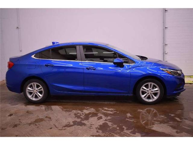 2017 Chevrolet Cruze LT - BACKUP CAM * HEATED SEATS * TOUCH SCREEN (Stk: DGJ508a) in Kingston - Image 1 of 30