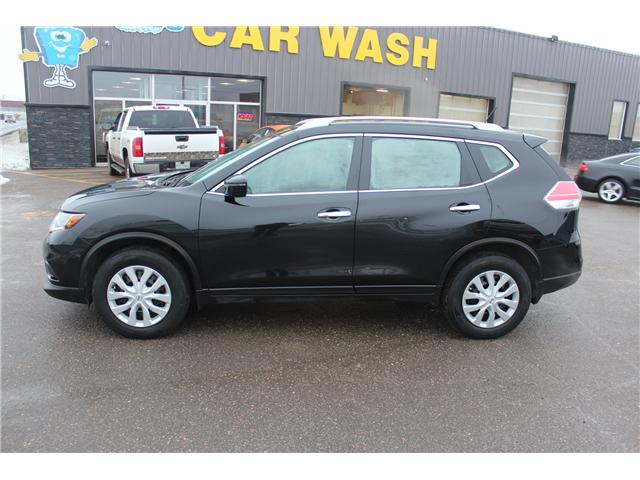 2016 Nissan Rogue S (Stk: P1575) in Regina - Image 2 of 17