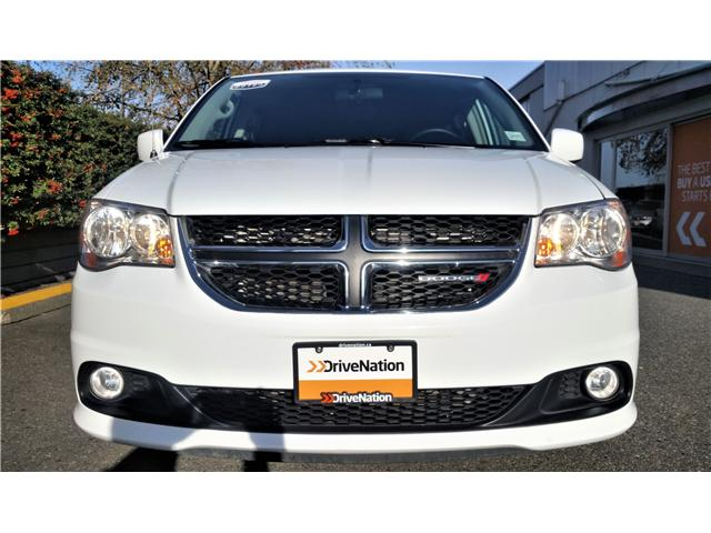 2017 Dodge Grand Caravan Crew (Stk: G0090) in Abbotsford - Image 2 of 21