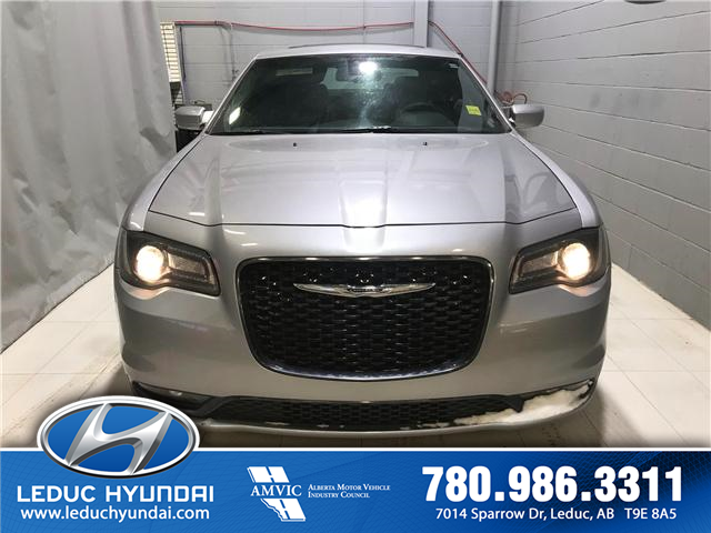 2018 Chrysler 300 S (Stk: PL0093) in Leduc - Image 1 of 8