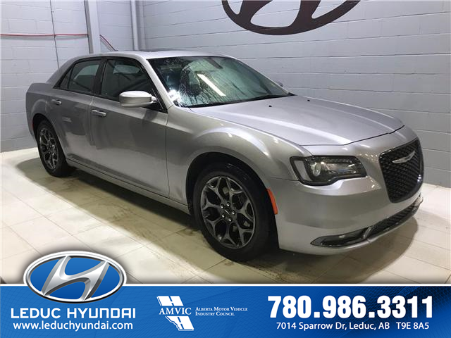2018 Chrysler 300 S (Stk: PL0093) in Leduc - Image 2 of 8