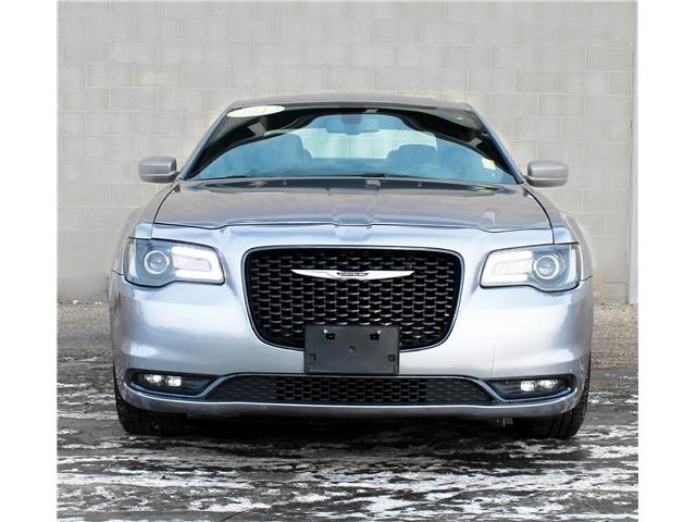 2018 Chrysler 300 S (Stk: V7011) in Saskatoon - Image 2 of 21