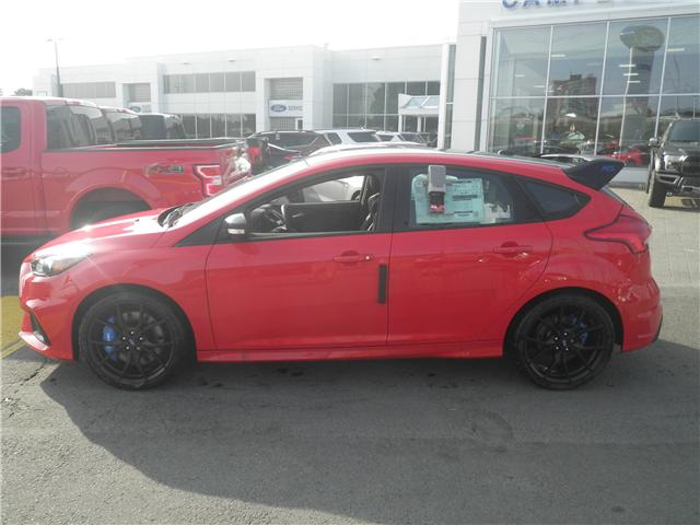 2018 Ford Focus RS Base (Stk: 1811810) in Ottawa - Image 2 of 13