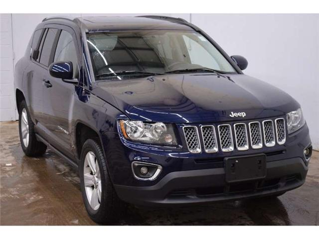 2017 Jeep Compass Sport 4x4- HEATED SEATS * SUNROOF * LEATHER (Stk: B3009) in Napanee - Image 2 of 30