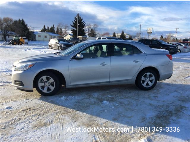 2015 Chevrolet Malibu 1LT (Stk: 19C6A) in Westlock - Image 2 of 5