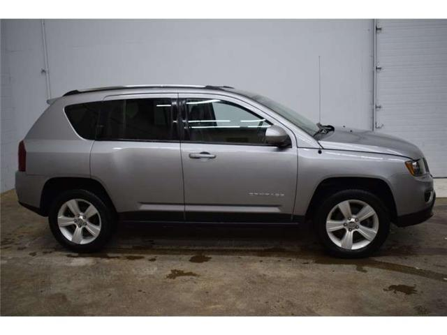 2017 Jeep Compass North - HEATED SEATS * LEATHER * SAT RADIO  (Stk: B3050) in Kingston - Image 1 of 30