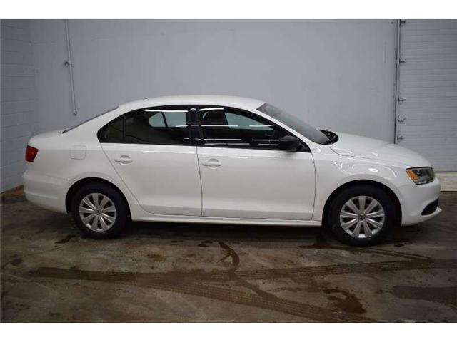 2013 Volkswagen Jetta Base - HEATED SEATS * CRUISE * A/C (Stk: B2949A) in Kingston - Image 1 of 30
