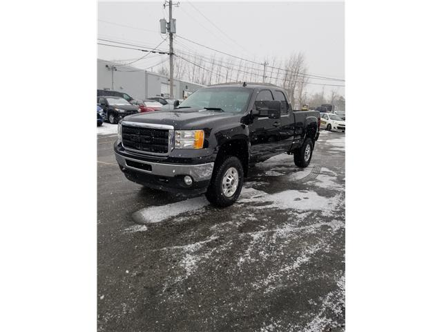 2012 GMC Sierra 2500 HD SLE Ext. Cab 4WD (Stk: p19-001) in Dartmouth - Image 1 of 11
